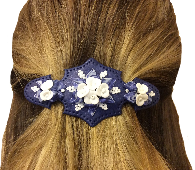 Handgjort hårspänne med blå botten